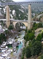 train-trackes-over-pont_du_vecchio-credit-pierre-bona