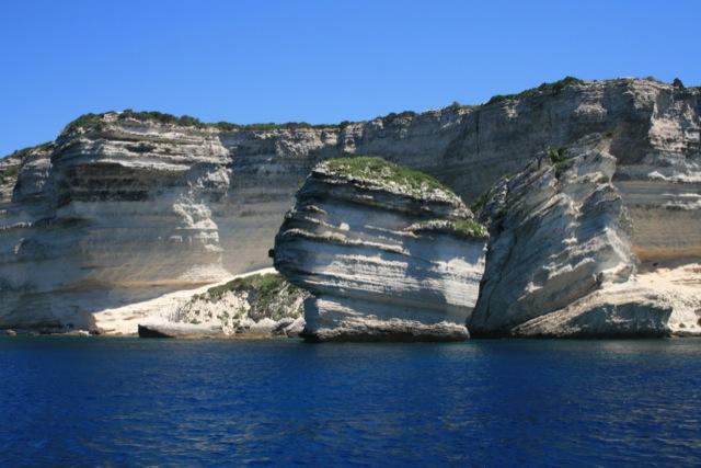 bonifacio-cliff-3