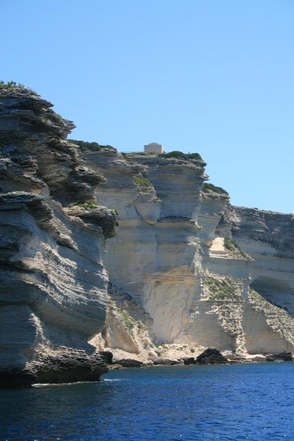 bonifacio-cliff-2
